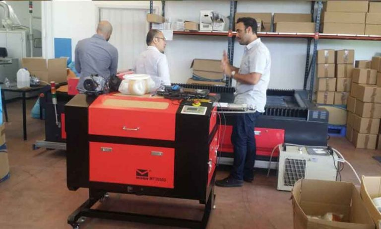 Read more about the article How to prolong the lifetime of CO2 laser engraving machine by right use the laser tube ?