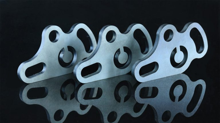 3-Laser-cut-middle-thick-CS