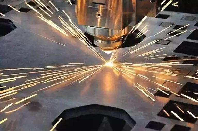 How to Reduce Metal Laser Cutting Cost: Wise Selection of Auxiliary Gas