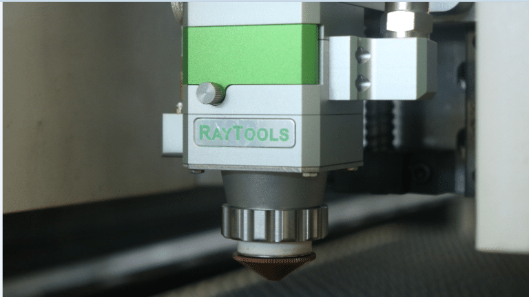 Advantages and cutting methods of laser cutting machine